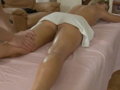Banging beauty's cunt from behind makes her moans like floozy