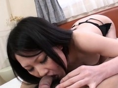 Chick gives wonderful oral stimulation and gets bushy fur pie nailed